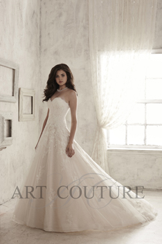 Dress: AC476 Designer: Art Couture