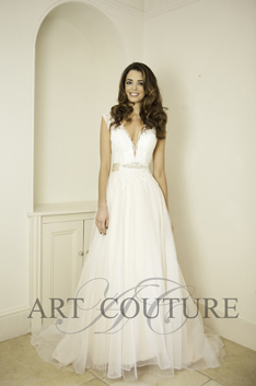 Dress: AC526 Designer: Art Couture