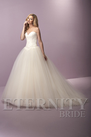 Dress: D5424 Designer: Eternity Bride
