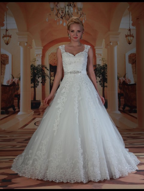 Dress VE8172 Designer Venus Bridal